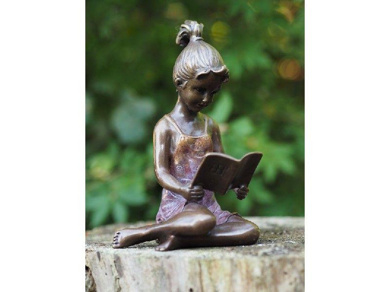Bronzefigur Lesendes Mädchen klein