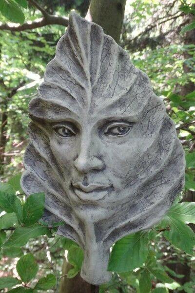Gartenfigur Blatt BUCHE- Steinguss
