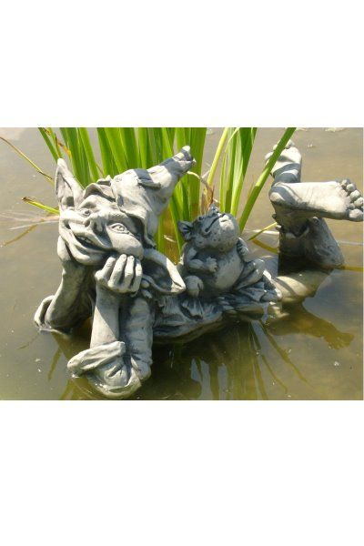 Gartenfigur Elfe HOLLY mit Frosch MAX- liegend- Steinguss