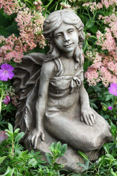 Gartenfigur Fee MELINDA- Steinguss (c) by Fiona Scott