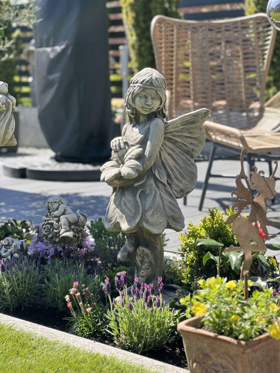 Gartenfigur FLOWER FAIRY Schlüsselblume- Steinguss