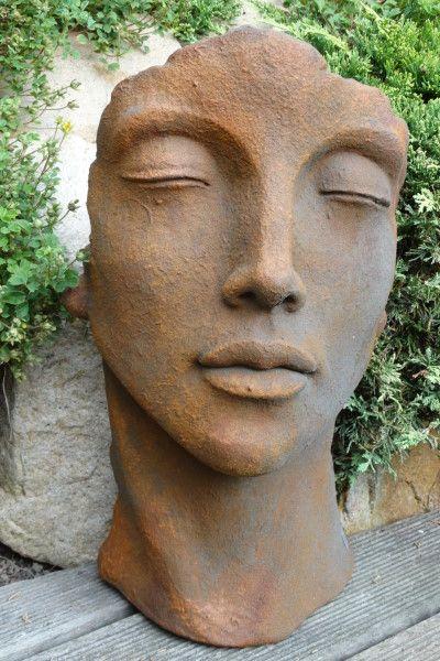 Gartenfigur Gesicht FRAU- Steinguss- Edition Oxid- klein