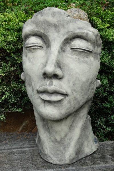 Gartenfigur Gesicht FRAU- Steinguss- klein