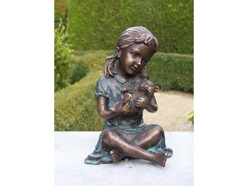 Gartenfigur Kleines Mädchen mit Teddy