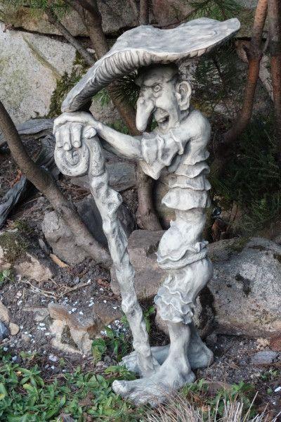 Gartenfigur Kobold Fliegenpilz- Steinguss