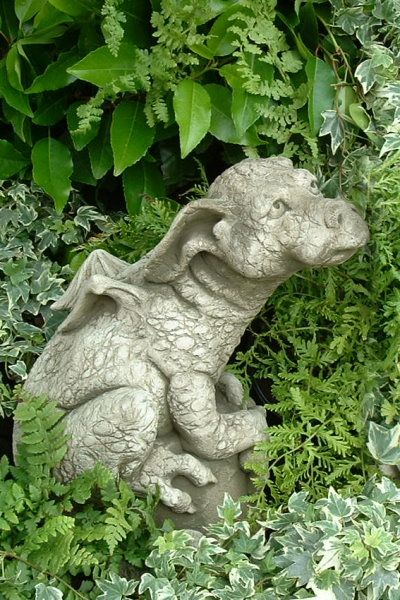 Gartenfigur PUDDLES- Drache- (c) by Fiona Scott