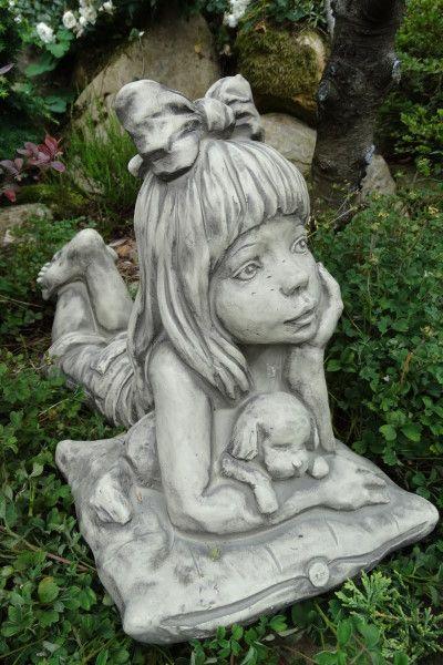 Gartenfigur Sarah Kay LINA- Steinguss
