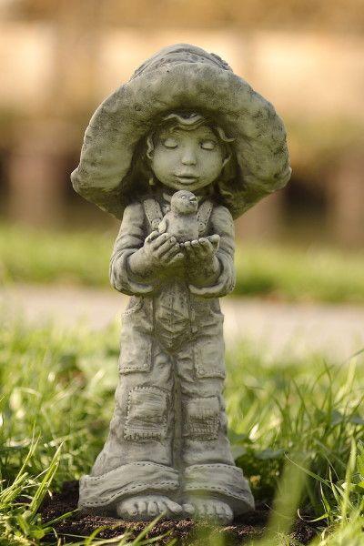 Gartenfigur Sarah Kay LOTTI- Steinguss