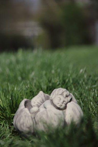 Gartenfigur Sprössling SEEROSE- Steinguss