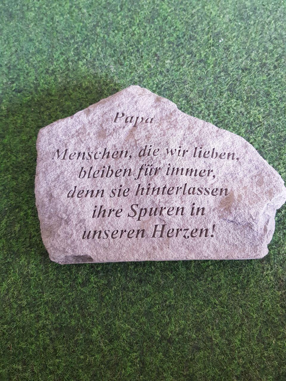 Gedenkstein Papa- die Menschen die-