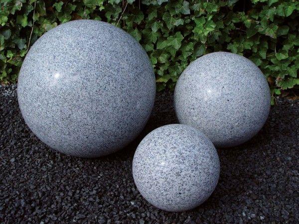 Granit-Kugel grau- poliert
