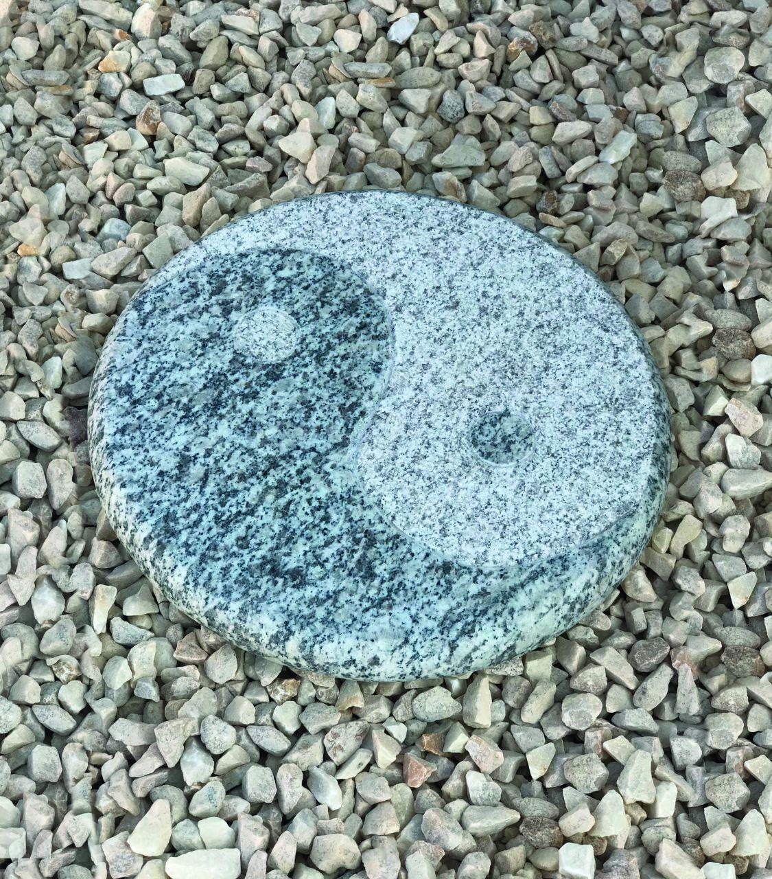 Granit Trittplatte Yin Yang