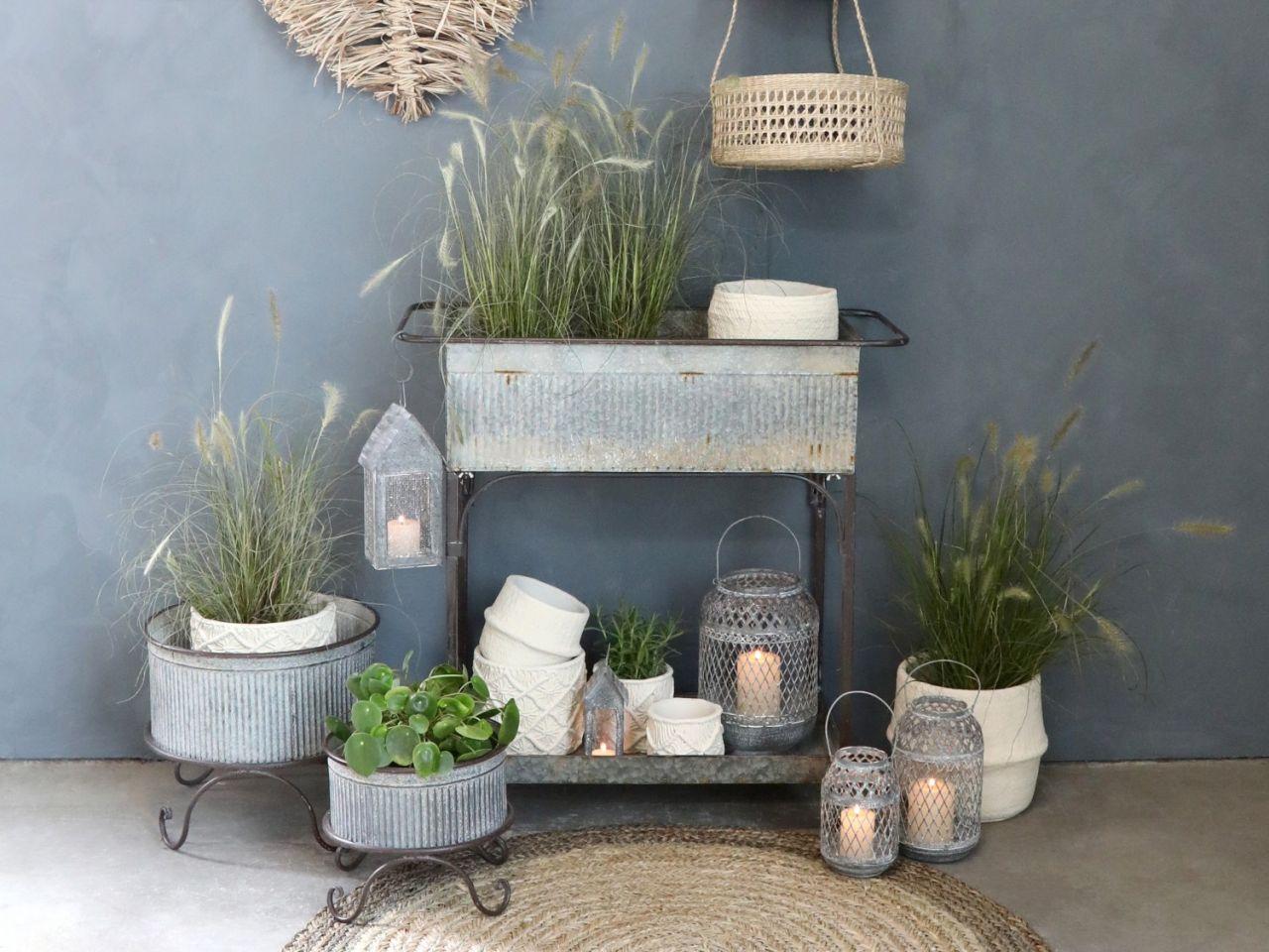 Pflanzenkasten auf Rädern von Chic Antique
