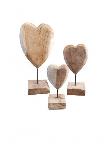 Teakholz Herz H 35 cm auf Sockel